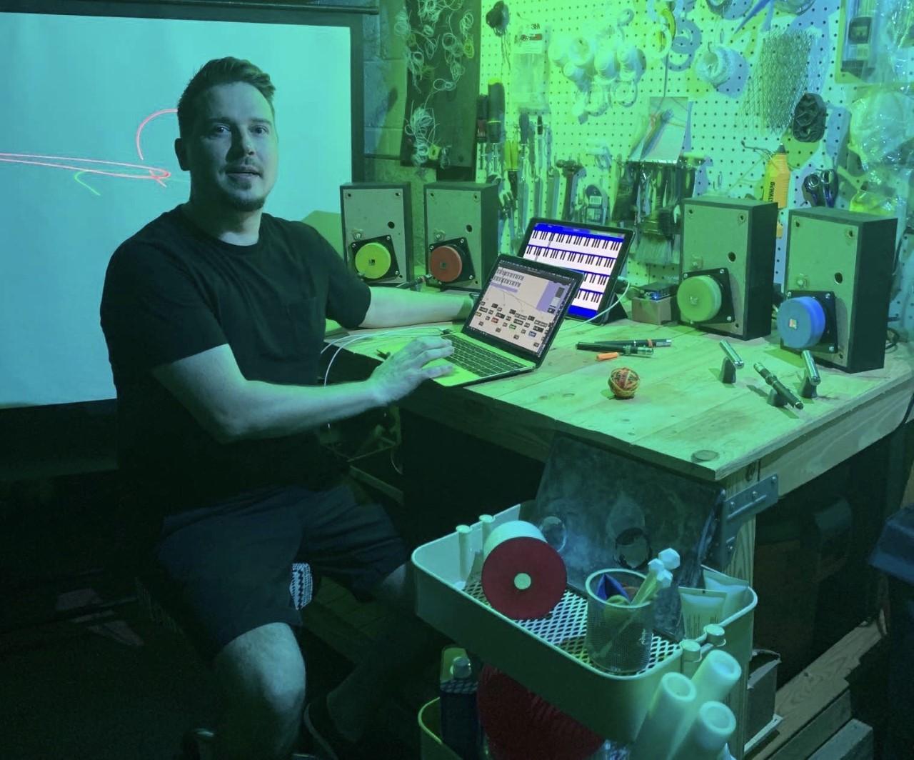 denis_studio.jpg